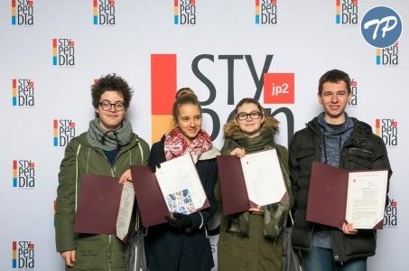 Ponad 500 stypendiów czeka na młodych warszawiaków!
